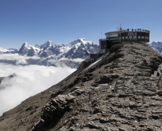Schilthorn_with_Bernese_Alps,_2012_August