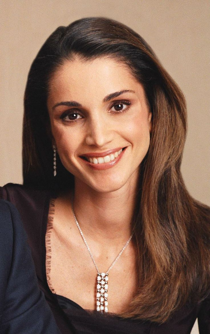 17 Hottest Wives of World Leaders - PopLyft Queen Rania Al Abdullah