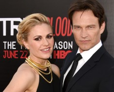 "HOLLYWOOD, CA - JUNE 17:  Actors Anna Paquin (L) and Stephen Moyer attend the premiere of HBO's ""True Blood"" season 7 and final season at TCL Chinese Theatre on June 17, 2014 in Hollywood, California.  (Photo by Jason Merritt/Getty Images)"