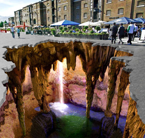 Unbelievable 3-D Chalk Street Art