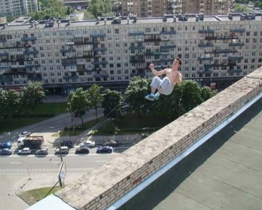 A-dangerous-stunt-from-Pavel-Kashin